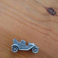 Figuras de Goma y PVC: CONGUITOS : 2 COCHES EN MINIATURA DE PLASTICO MODELO PEUGEOT 1906 AÑOS 70 PREMIUN GRIS Y MARFIL. Lote 136623450