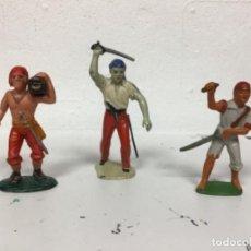 Figuras de Goma y PVC: LOTE PIRATAS MARX EN GOMA STARLUX PLASTICO CHAMBERS PLASTICO,PIRATA A ESCALA REAMSA PECH. Lote 136850006