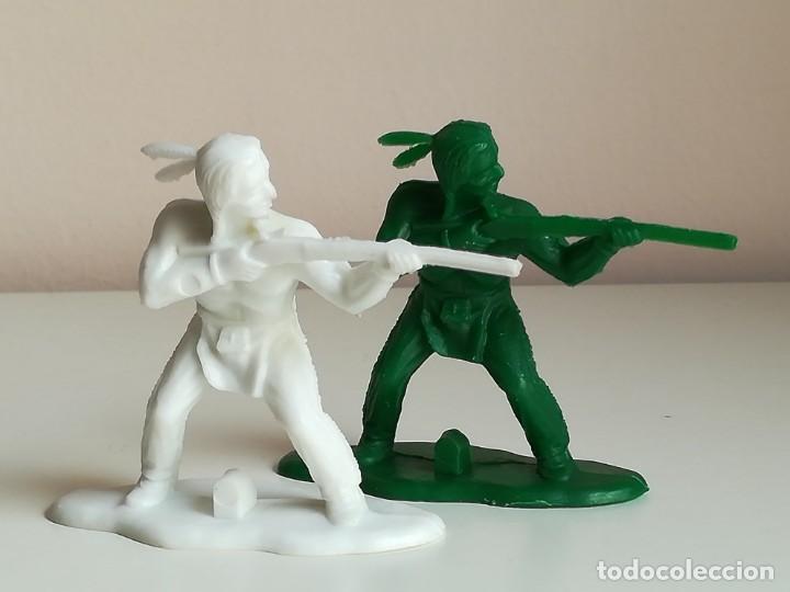 Figuras de Goma y PVC: LOTE FIGURAS INDIOS REAMSA MONOCROMAS MONOCOLOR - Foto 2 - 136949286