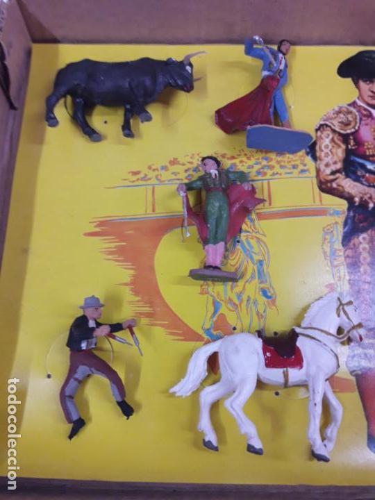 Figuras de Goma y PVC: CAJA ORIGINAL DE LA CORRIDA DE TOROS - COLECCION DE FIGURAS TAURINAS . REALIZADA POR PECH . AÑOS 60 - Foto 16 - 137130886