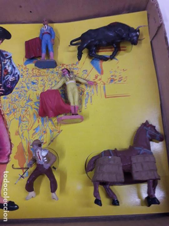 Figuras de Goma y PVC: CAJA ORIGINAL DE LA CORRIDA DE TOROS - COLECCION DE FIGURAS TAURINAS . REALIZADA POR PECH . AÑOS 60 - Foto 17 - 137130886
