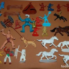 Figuras de Goma y PVC: LOTE DE 50 FIGURAS OESTE INDIOS VAQUEROS CABALLOS Y ACCESORIOS. Lote 137256006