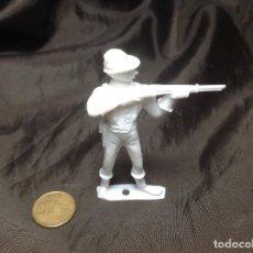 Figuras de Goma y PVC: FIGURA COMANSI 2ª ÉPOCA MONOCROMA CON DESPERFECTO. Lote 137513630