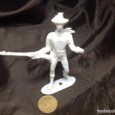 Figuras de Goma y PVC: FIGURA COMANSI 2ª ÉPOCA MONOCROMA CON DESPERFECTO. Lote 137514274