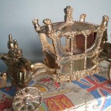 Figuras de Goma y PVC: CARROZA REAL, CARRUAJE, CRESCENT TOYS , VINTAGE ROYAL COACH ED.1953 LONDON CORONATION.. Lote 137879973