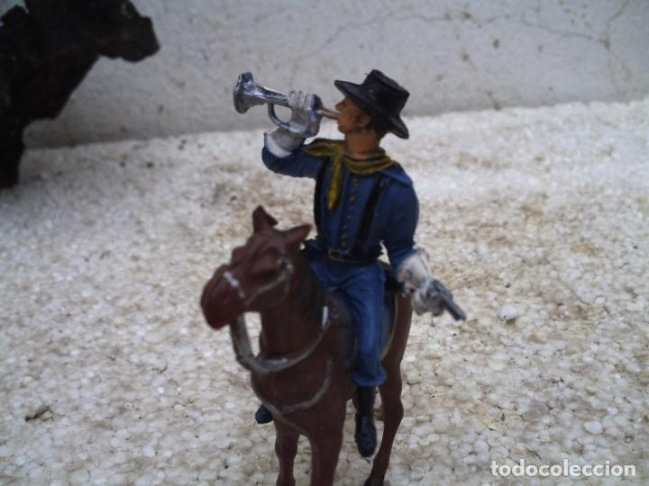 Figuras de Goma y PVC: soldado con caballo de comansi - Foto 2 - 137907754