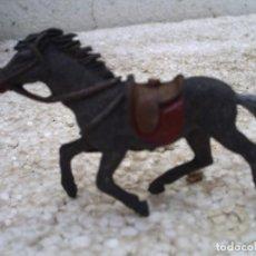 Figuras de Goma y PVC: CABALLO DE VAQUERO. Lote 137908042