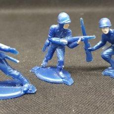 Figuras de Goma y PVC: LOTE TRES SOLDADOS - AÑOS 70 - CAR121. Lote 137937302
