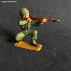 Figuras de Goma y PVC: MUÑECO FIGURA SOLDADO NORTEAMERICANO STARLUX ORIGINAL AÑOS 60 AMERICANO. Lote 138102834
