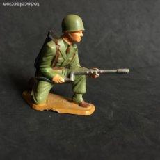 Figuras de Goma y PVC: MUÑECO FIGURA SOLDADO NORTEAMERICANO STARLUX ORIGINAL AÑOS 60 AMERICANO. Lote 138102910
