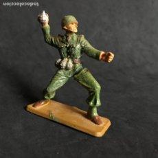 Figuras de Goma y PVC: MUÑECO FIGURA SOLDADO NORTEAMERICANO STARLUX ORIGINAL AÑOS 60 AMERICANO. Lote 138103110