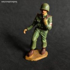 Figuras de Goma y PVC: MUÑECO FIGURA SOLDADO NORTEAMERICANO STARLUX ORIGINAL AÑOS 60 AMERICANO CRUZ ROJA. Lote 138103554