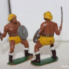 Figuras de Goma y PVC: GUERREROS BÁRBAROS EN PVC DE JECSAN. Lote 138568286