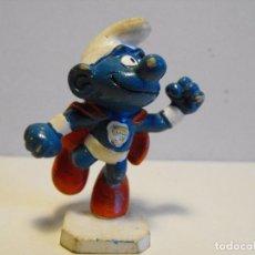 Figuras de Goma y PVC: BULLY. PEYO. PITUFO SUPERMAN.. Lote 138639802