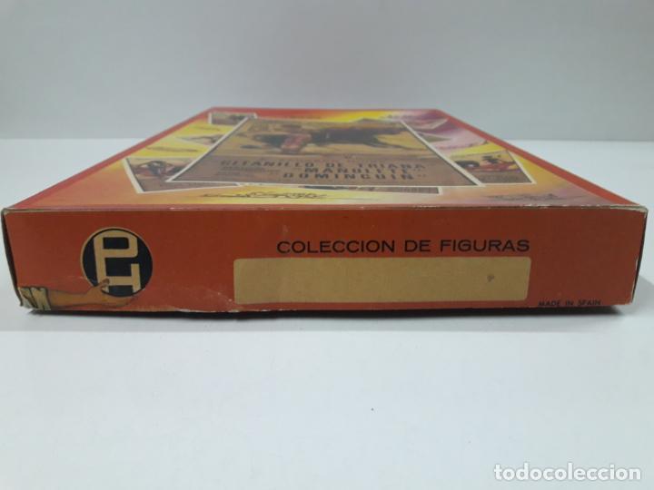 Figuras de Goma y PVC: CAJA ORIGINAL DE TOREROS Y TOROS . REALIZADA POR PECH . AÑOS 60 - Foto 4 - 138840654