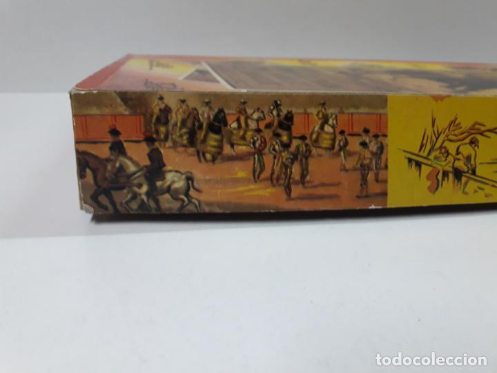 Figuras de Goma y PVC: CAJA ORIGINAL DE TOREROS Y TOROS . REALIZADA POR PECH . AÑOS 60 - Foto 6 - 138840654