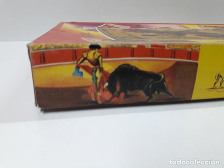 Figuras de Goma y PVC: CAJA ORIGINAL DE TOREROS Y TOROS . REALIZADA POR PECH . AÑOS 60 - Foto 12 - 138840654