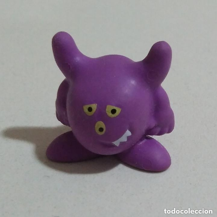 Figuras Kinder: LEER* FIGURA MUÑECO KINDER MONOBLOC FERRERO MONSTERS monstruos figuritas figuras - Foto 2 - 103826551