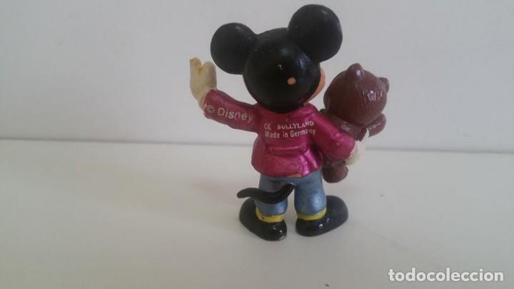 Figuras de Goma y PVC: MUÑECO DE PVC. MICKEY - MOUSE CON OSITO BULLYLAND - Foto 2 - 138951246