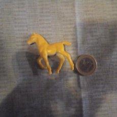 Figuras de Goma y PVC: MINIATURA CABALLO DE GOMA ANIMALES DIORAMA 5X5 CM. Lote 138956702