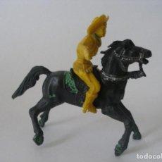 Figuras de Goma y PVC: VAQUERO PISTOLERO A CABALLO AÑOS 60 - 70. Lote 139036186