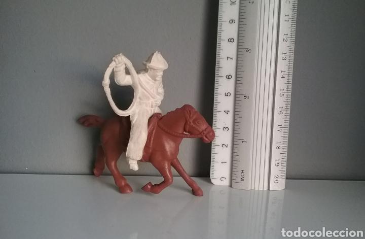 Figuras de Goma y PVC: Cowboy, serie Roy Rogers (Marx - USA), comp. vaqueros años 50 de Reamsa y Lafredo, oeste - Foto 5 - 139106161