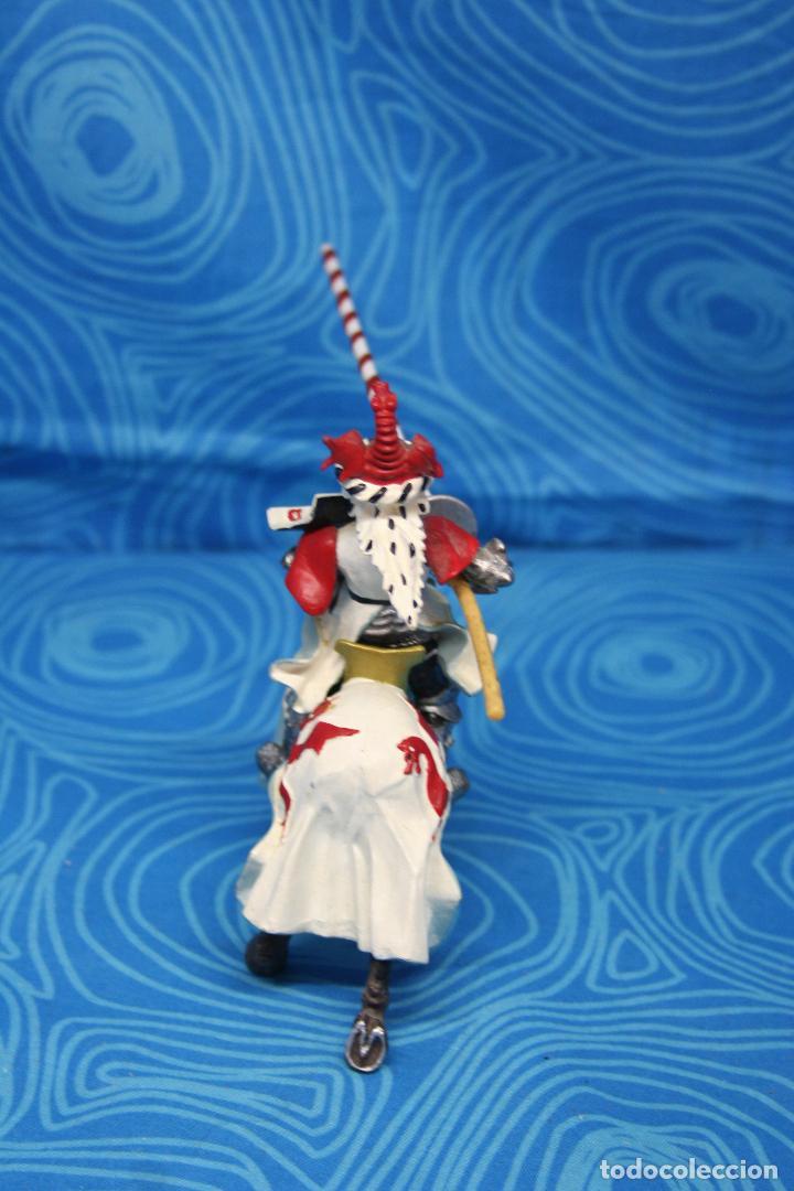Figuras de Goma y PVC: FIGURA CABALLERO MEDIEVAL DRAGON ROJO CON CABALLO Y LANZA DE PLASTOY - Foto 5 - 139209302