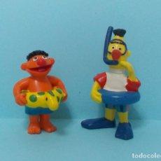 Figuras de Goma y PVC: BARRIO SESAMO / SESAME STREET - EPI Y BLAS - APPLAUSE / BULLY. Lote 139487729