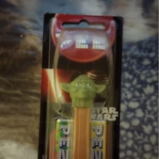 Dispensador Pez: DISPENSADOR PEZ PRECINTADO STAR WARS YODA (LEER DESCRIPCIÓN). Lote 139660418