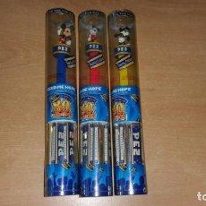 Dispensador Pez: 3 DISPENSADORES PEZ MICKEY MOUSE CHARITY EDITION 80 ANIVERSARIO. Lote 139702358