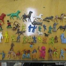 Figuras de Goma y PVC: LOTE DE 62 FIGURAS PVC - OESTE - MILITAR - CABALLOS - VAQUEROS -JECSAN -REAMSA -BRITAIN. Lote 139953418