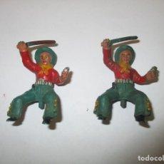 Figuras de Goma y PVC: VAQUEROS COWBOYS - CONDUCTORES DE DILIGENCIA - MATERIAL DE GOMA. Lote 140030402