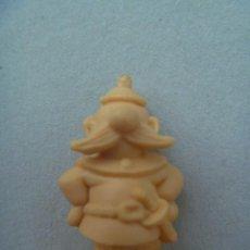 Figuras de Goma y PVC: FIGURA DE DUNKIN DE ASTERIX : BRETON . DETRAS PONE DARGAUD.. Lote 140042542