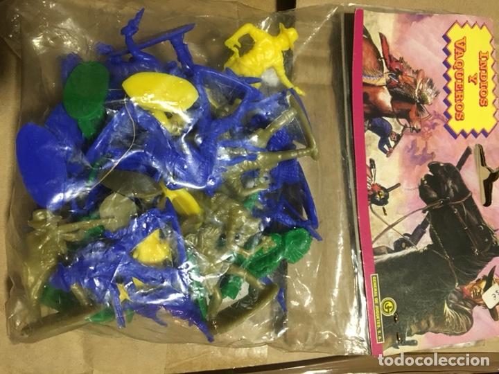 Figuras de Goma y PVC: Juguetes indios y vaqueros de plástico general de juguetes - Foto 3 - 140190734