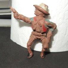 Figuras de Goma y PVC: COW BOY DE LAFREDO,GOMA,DE 4 CMS DE ALTURA,AÑOS 50. Lote 140300830