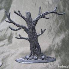Figuras de Goma y PVC: ARBOL SECO 10 CM TIPO COMANSI ANTIGUO. Lote 140306586