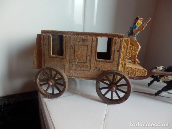 Figuras de Goma y PVC: caravana del oeste con caja original carreta de carga diligencia texas en madera fart west comansi - Foto 11 - 78650669