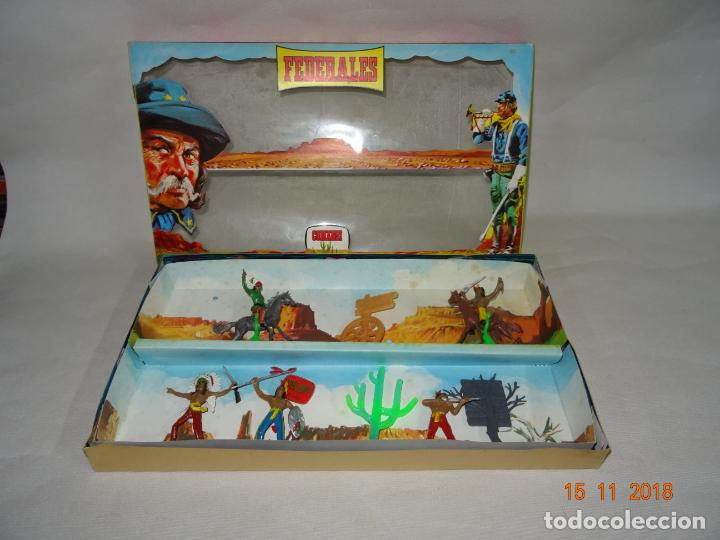 Figuras de Goma y PVC: Antigua Caja Completa FEDERALES de COMANSI - Foto 3 - 140440198
