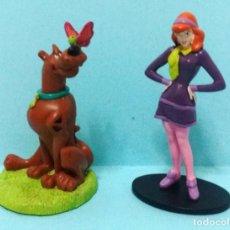 Figuras de Goma y PVC: SCOOBY DOO Y DAPHNE. Lote 140536930