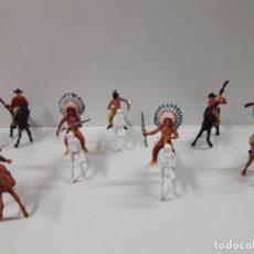 Figuras de Goma y PVC: INDIOS Y VAQUEROS A CABALLO . REALIZADOS POR JECSAN . AÑOS 60. Lote 140616302