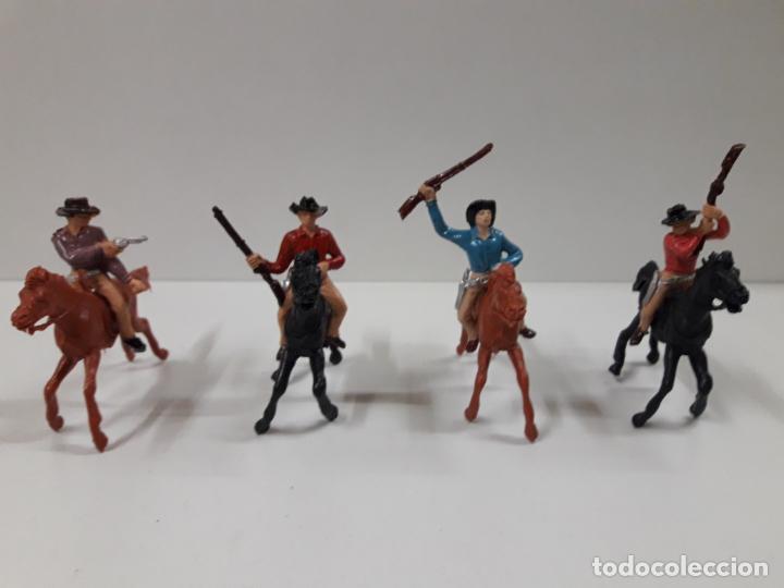 Figuras de Goma y PVC: INDIOS Y VAQUEROS A CABALLO . REALIZADOS POR JECSAN . AÑOS 60 - Foto 3 - 140616302