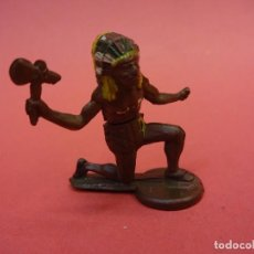 Figuras de Goma y PVC: GAMA. INDIO DE GOMA DE DOS PIEZAS. AÑOS 1950S. Lote 140629670