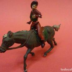 Figuras de Goma y PVC: GAMA. IVAQUERO A CABALLO. AÑOS 1950S. Lote 140629838