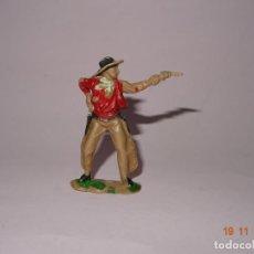 Figuras de Goma y PVC: ANTIGUO VAQUERO COW BOY EN PLÁSTICO PINTADO A MANO DE JECSAN - TIPO PECH - REAMSA - COMANSI. Lote 140782074