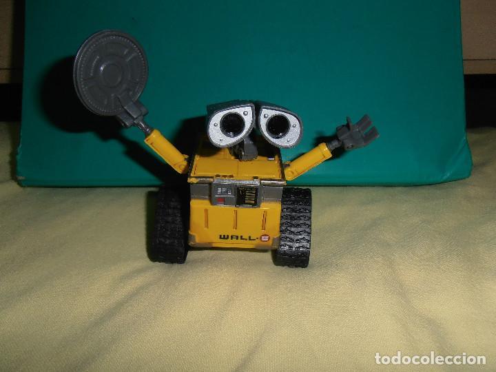 DISNEY WALL.E DANCE 'N TAP WALL-E DELUXE (Juguetes - Figuras de Goma y Pvc - Otras)