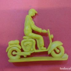 Figuras de Goma y PVC: ANTIGUA VESPA SOTORRES. Lote 141328818