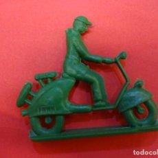 Figuras de Goma y PVC: ANTIGUA VESPA SOTORRES. Lote 141329186