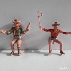 Figuras de Goma y PVC: CONDUCTOR Y ACOMPAÑANTE DE CARRETA O DILIGENCIA . REALIZADOS POR COMANSI. Lote 141464838