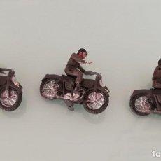 Figuras de Goma y PVC: FIGURAS DE 3 MOTOS DE TEIXIDO, MOTO DESFILE DE INFANTERIA, REALIZADAS EN PLASTICO, AÑOS 60, MUY RARA. Lote 141538658