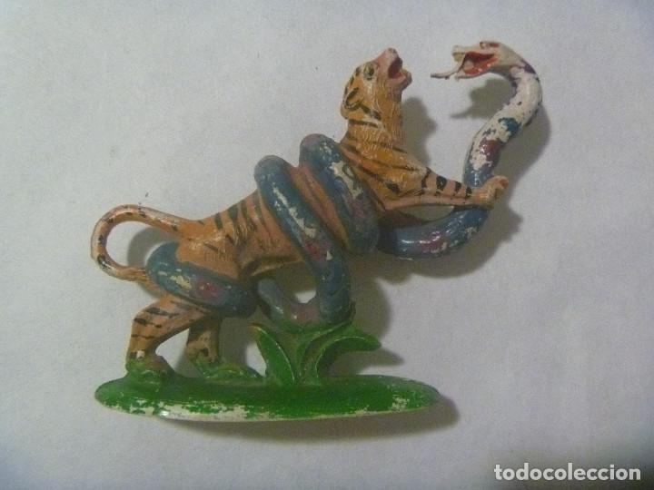 Figuras de Goma y PVC: FIGURA DE GOMA DE PECH ( SIN MARCA ) : TIGRE LUCHANDO CONTRA UNA SERPIENTE - Foto 2 - 141696726
